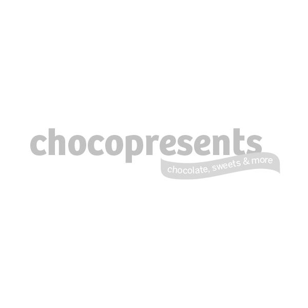 Zilveren schaal met paaschocolade